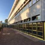 Referenzbild Schule Bad Oldesloe Außenwand und Innenhof