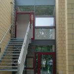 Referenzbild Treppenaufgang Schule Heikendorf
