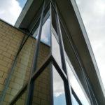 Referenzbild Glasfront Eckansicht Schule Heikendorf